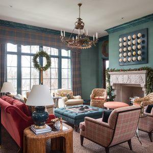 Atlanta-Holiday-showhouse-living-room-fireplace.jpg