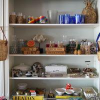 Coral-Store-LindseyHarper-shelves.jpg